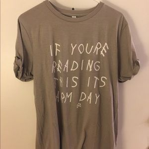 Work out shirt or everyday wear! Size LARGE!